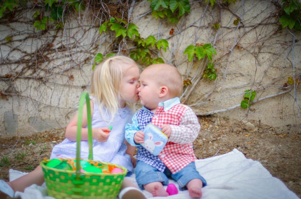 easter-kiss